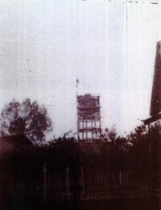 la construction du château d'eau à Montreux-Vieux